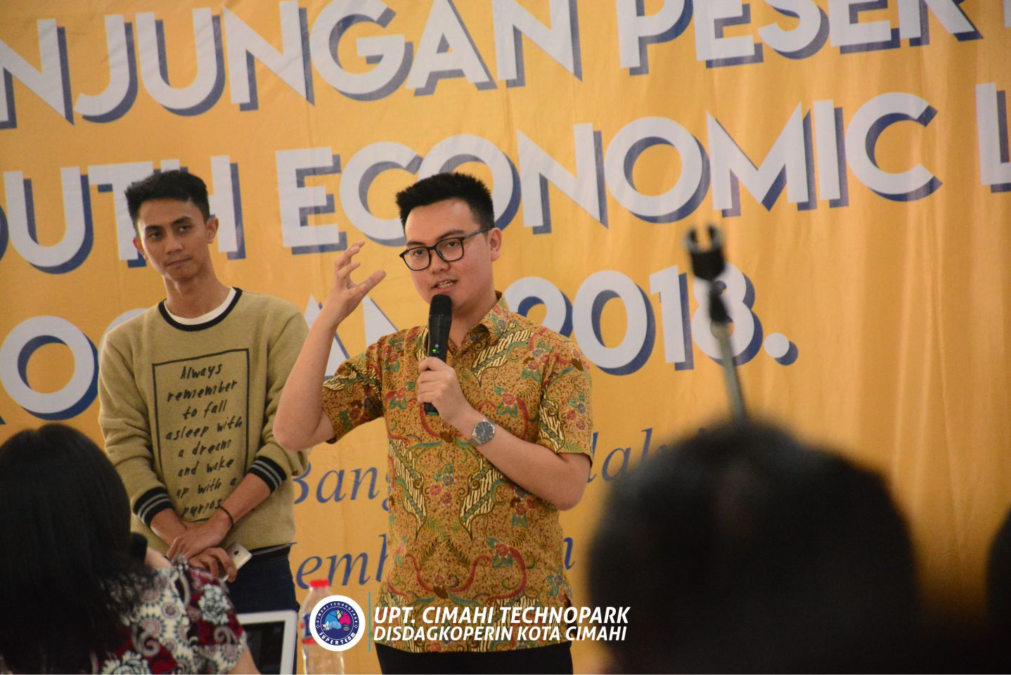 KUNJUNGAN PESERTA YOUTH ECONOMIC LEADERSHIP PROGRAM – BI INSTITUTE