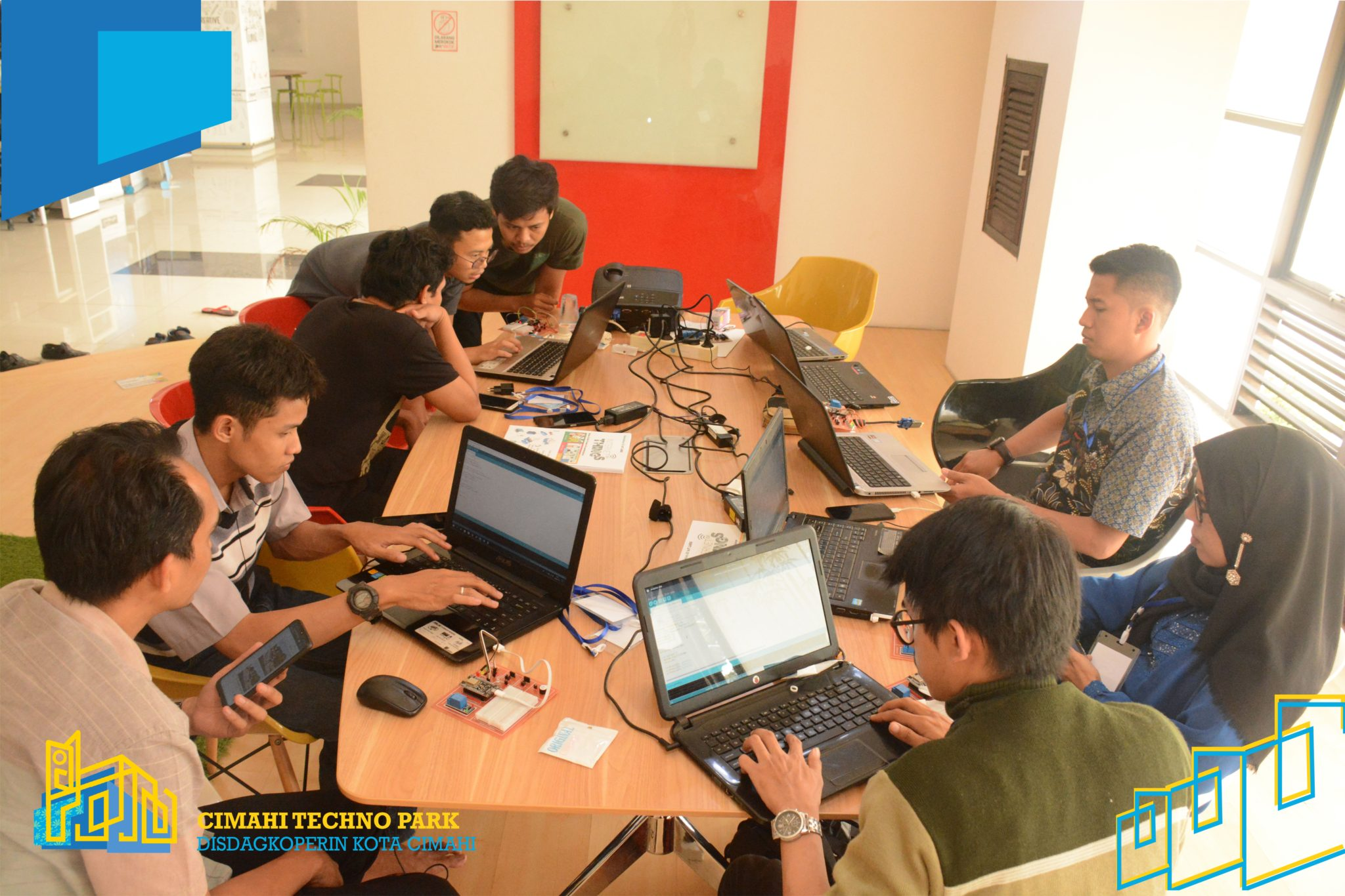 Sekolahan.id; Start Up Kota Cimahi Buat Aplikasi Inovasi